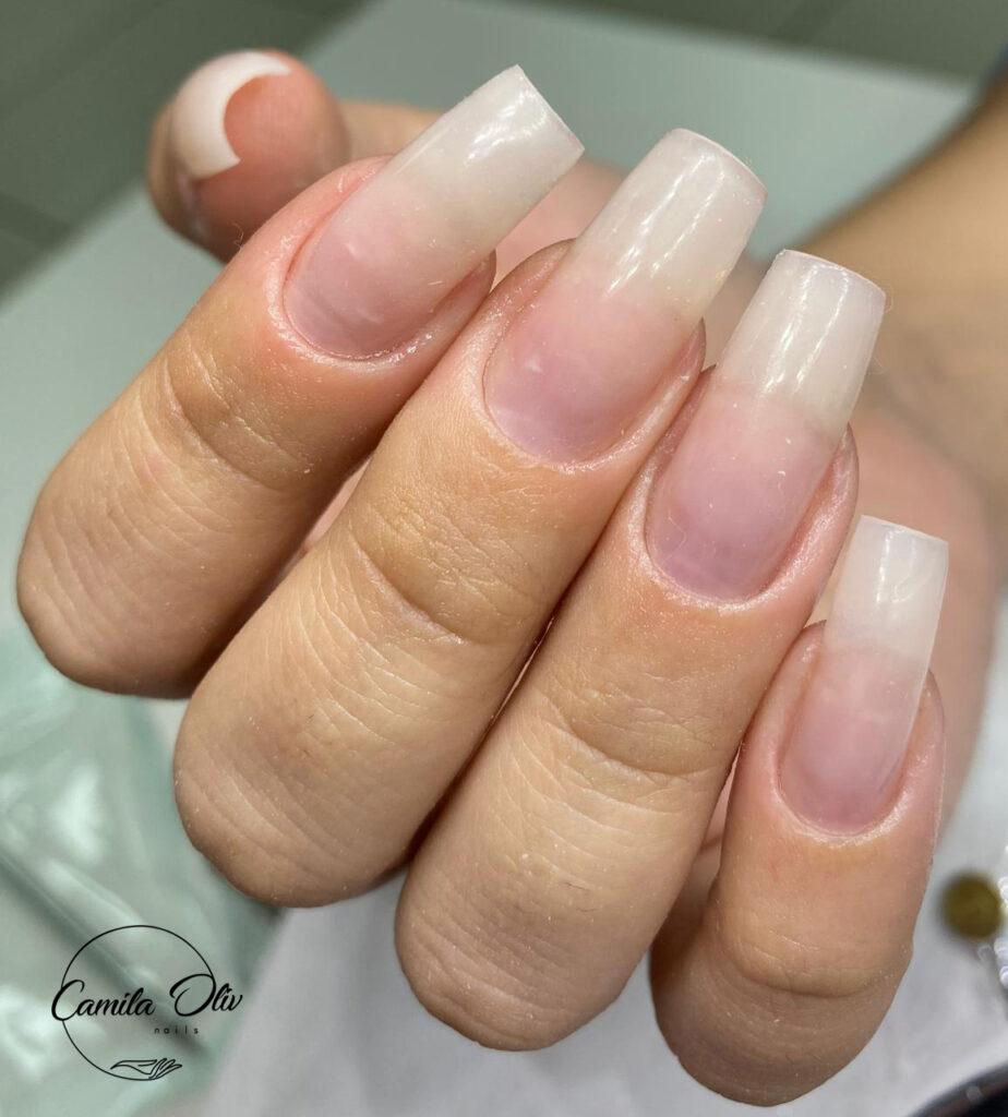 Camila Oliv Nails - Alongamento de Fibra