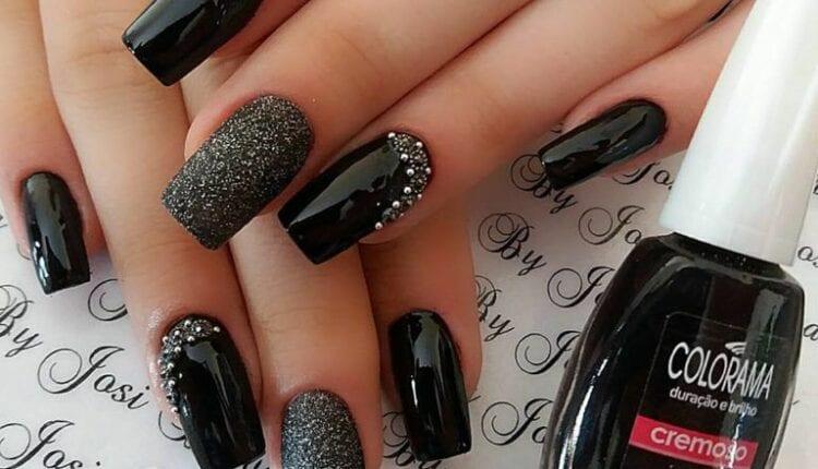 Camila Oliv Nails - Unha com Strass