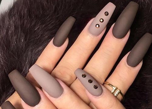 Camila Oliv Nails - Unha Fosca